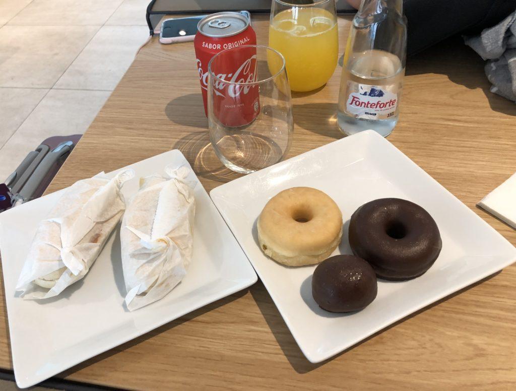 Eine Auswahl an Snacks die ich probiert habe - Kaffee gab es anschließend