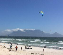 Blick auf den Tafelberg aus Table View